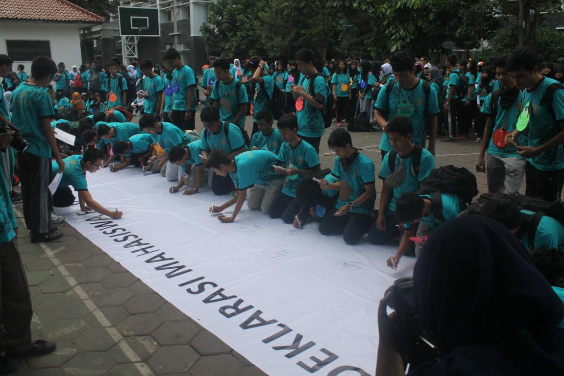 LDK FK UGM 2014 : Pemimpin Berkarakter, Sehatkan Indonesia